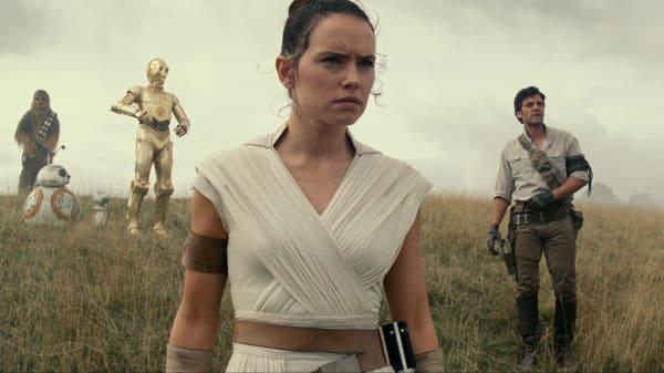 Fans går amok over ny Star Wars-trailer: 'Jeg forventer et kæmpe intergalaktisk slagsmål'