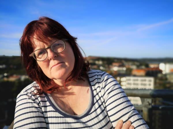 Jytte har vundet i retten: Vejle Kommune svigtede i sag om misbrug i hjemmet